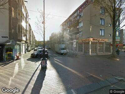 Ambulance met grote spoed naar Pieter Nieuwlandstraat in Amsterdam
