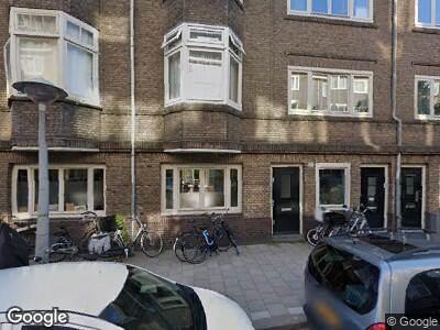Ambulance met gepaste spoed naar Lumeijstraat in Amsterdam