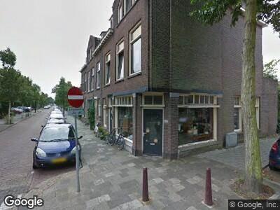 Ambulance met grote spoed naar Julianastraat in Rijswijk
