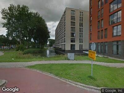 Ambulance met grote spoed naar Bijdorplaan in Zoetermeer