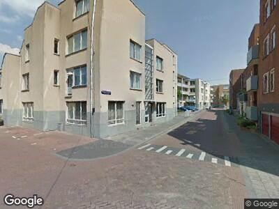 Ambulance met gepaste spoed naar Wijngaardstraat in Dordrecht