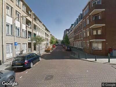 Brandweer met gepaste spoed naar Van Limburg Stirumstraat in 's-Gravenhage vanwege een buitenbrand