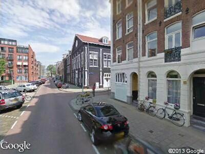 Ambulance met gepaste spoed naar Sint Willibrordusstraat in Amsterdam