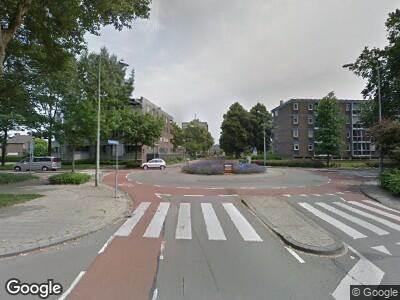Brandweer met gepaste spoed naar Einsteinstraat in Maastricht