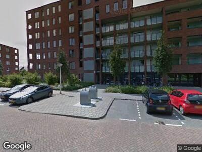 Ambulance met grote spoed naar Sint Janskruidlaan in Amstelveen