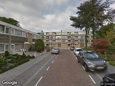 Ambulance met gepaste spoed naar Spaanse Aaklaan in Amstelveen