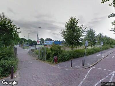 Ambulance met grote spoed naar Prins Bernhardlaan in Voorburg