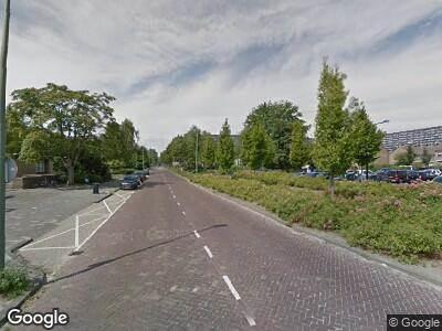 Ambulance met grote spoed naar Reigerlaan in Vlaardingen