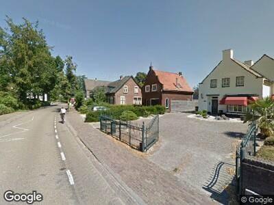 Ambulance met gepaste spoed naar Hoogstraat in Berlicum