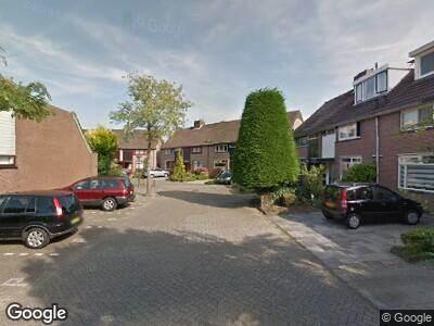 Ambulance met grote spoed naar Ilpenwaard in Alkmaar