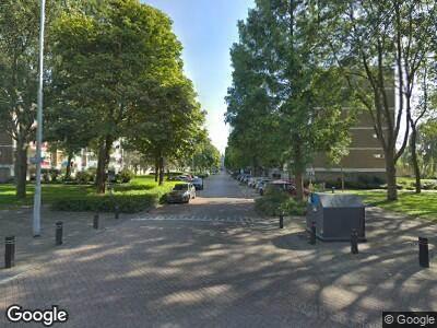 Brandweer met gepaste spoed naar Burgemeester Velthuijsenlaan in Leidschendam vanwege een buitenbrand