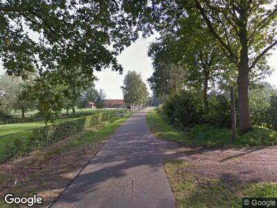 Ambulance met grote spoed naar Sillenhoek in Leveroy