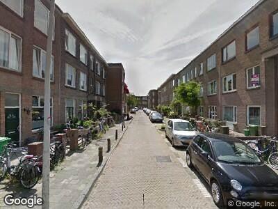 Ambulance met gepaste spoed naar Anjelierstraat in 's-Gravenhage