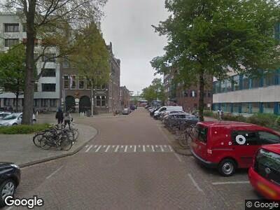 Brandweer met grote spoed naar Domselaerstraat in Amsterdam vanwege brand