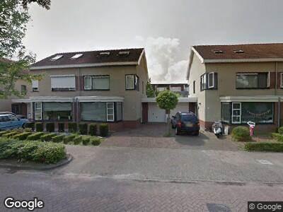 Ambulance met grote spoed naar Rietven in Veghel