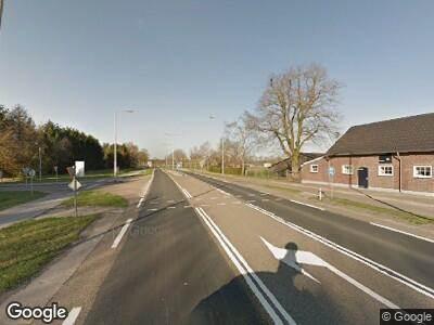 Ambulance met gepaste spoed naar Wanssumseweg in Oostrum
