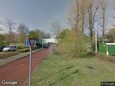 Ambulance met grote spoed naar Westbroekstraat in Amsterdam