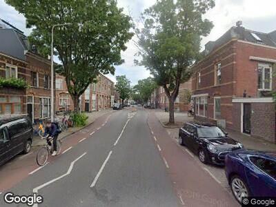 Brandweer met grote spoed naar Adelaarstraat in Utrecht vanwege gebouwbrand