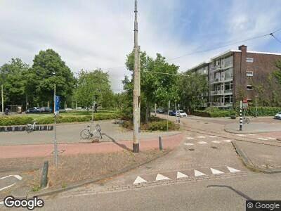 Ambulance met grote spoed naar Van Aerssenlaan in Rotterdam