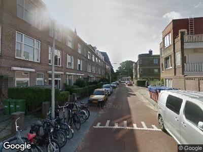 Ambulance met grote spoed naar Klimopstraat in 's-Gravenhage
