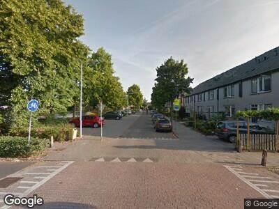 Ambulance met grote spoed naar Jan Vermeerstraat in Ede