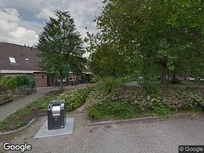 Ambulance met grote spoed naar Kraaienhorst in Alphen aan den Rijn