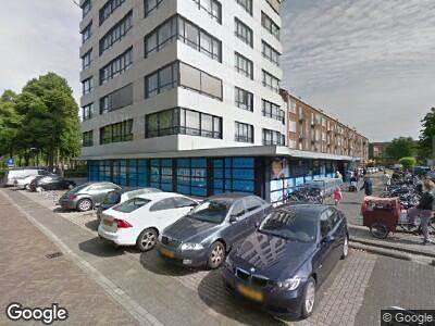 Ambulance met grote spoed naar Burgemeester Elsenlaan in Rijswijk