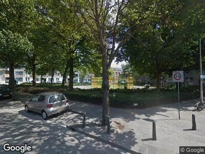 Ambulance met gepaste spoed naar Ruijsdaelstraat in 's-Gravenhage