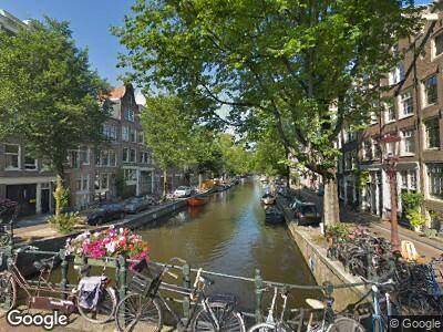 Brandweer met gepaste spoed naar Egelantiersgracht in Amsterdam