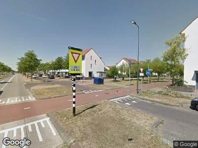 Ambulance met grote spoed naar Vlinderlaan in Rosmalen