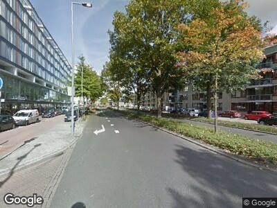 Ambulance met grote spoed naar Grote Beer in Rotterdam