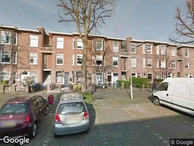Ambulance met grote spoed naar Van de Wateringelaan in Voorburg