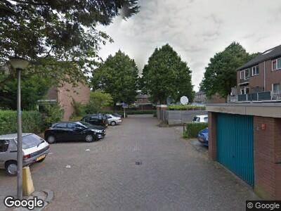 Ambulance met grote spoed naar J.C. Bloemhove in Zoetermeer