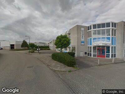 Politie naar Meidoornkade in Houten vanwege aanrijding met letsel