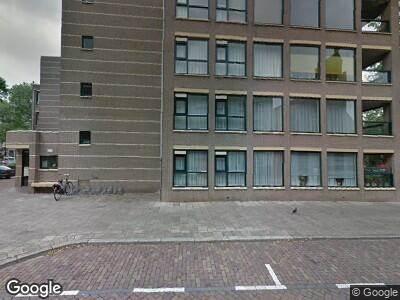 Brandweer met gepaste spoed naar Cornelis de Wittstraat in Dordrecht