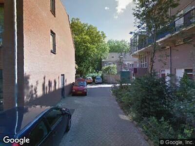 Ambulance naar Charlie Parkerstraat in 's-Gravenhage
