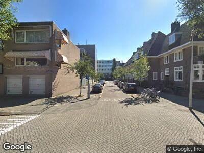 Ambulance met grote spoed naar Titiaanstraat in Amsterdam
