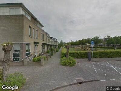 Ambulance met grote spoed naar Vioolhof in Barendrecht
