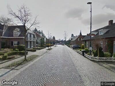 Brandweer met gepaste spoed naar Kerkstraat in Zeeland vanwege reinigen van het wegdek