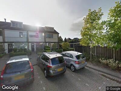 Brandweer met grote spoed naar Anemoonstraat in Enschede vanwege reanimatie