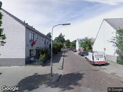 Ambulance met gepaste spoed naar Bidloostraat in Haarlem