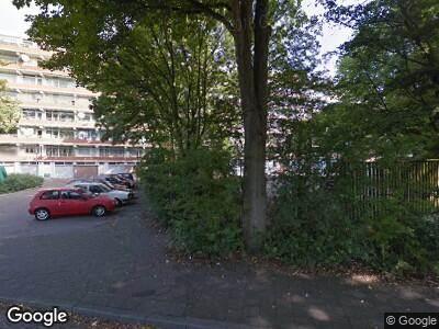 Ambulance met grote spoed naar Isaäc da Costalaan in Delft