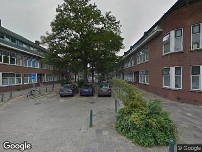Ambulance met grote spoed naar Slotboomstraat in Rotterdam