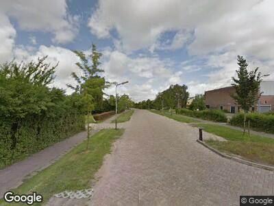 Ambulance met grote spoed naar Dokter Wilminkstraat in Zuid-Scharwoude