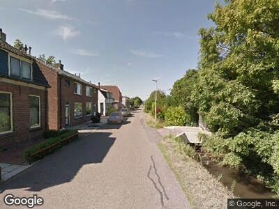 Ambulance met grote spoed naar Molendijk in Rhoon