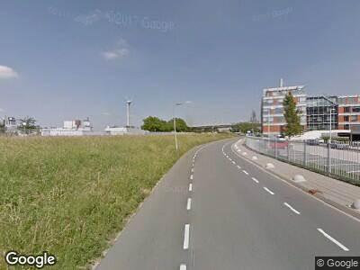 Ambulance met gepaste spoed naar Schaardijk in Rotterdam
