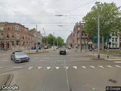 Ambulance met gepaste spoed naar Claes de Vrieselaan in Rotterdam
