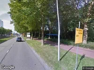 Brandweer met gepaste spoed naar Beneluxlaan in Utrecht vanwege een liftopsluiting