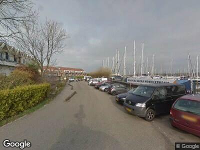 Ambulance met gepaste spoed naar Jachthaven in Monnickendam