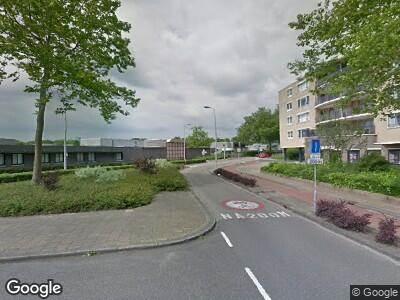 Ambulance met grote spoed naar Poortmolen in Capelle aan den IJssel